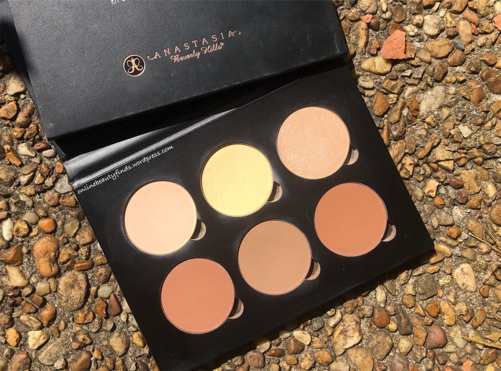 Anastasia Beverly Hills Contour Kit Light to Medium